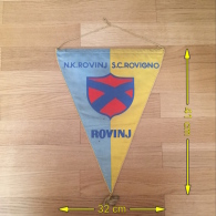 Flag (Pennant / Banderín) ZA000009 - Football (Soccer / Calcio) Hrvatska (Croatia) Rovinj (Rovigno) - Habillement, Souvenirs & Autres