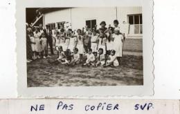 PHOTO  RARE -   LE  HAVRE -  FRONT  NATIONAL -  Groupe D'enfants Photographié Le Poing Levé - 14 Juillet 1934 - Lieux