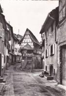 EGUISHEIM ( 68 )  Maison A Pignon , Rue Des Fossés - Autres Communes