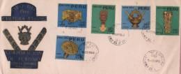 E)1966 PERU, GOLD FUNERARY MASK, THE DESIGNS SHOW GOLD OBJETCS OF THE 12TH-13TH CENTURIES CHIMU CULTURE, PAIR OF 5, FDC - Peru