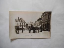 CHAUNY  LE MARCHE PHOTOGRAPHIE D´UNE CARTE POSTALE  18cm/12cm - Reproductions