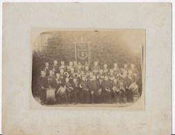 Photo 01 Menestruel La Fanfare Du College 1886 - Lugares