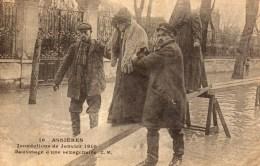 DPT 92 INNONDATIONS DE JANVIER 1910 Sauvetage D'une Sexagenere - Asnieres Sur Seine
