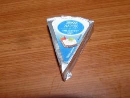 Cheese Queso Kase Label Etikette Etiqueta Hungary Tesco Nature - Quesos