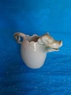 Rare -atypique Pot A Crayon Ou Autre Sur Le Theme Du Cochon (tres Belle Piece Matiere A Determiner) Hauteur 8cm - Art Populaire
