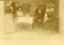 Vie Quotidienne En France Portrait De Groupe Famille Ancienne Photo Amateur 1900 - Anonymous Persons