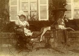 Vie Quotidienne En France Fillette Charette A Cheval Jouet Ancienne Photo Amateur 1900 - Anonymous Persons