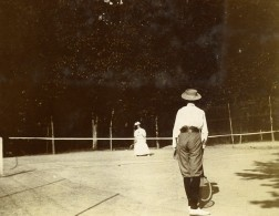Vie Quotidienne En France Joueurs De Tennis Ancienne Photo Amateur 1900 - Sports