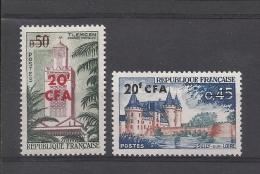 REUNION - N°YT 351/52 NEUFS* AVEC CHARNIERE - COTE YT : 20.20€ - VOIR SCANNS RECTO VERSO - Réunion (1852-1975)