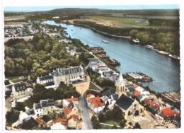 CPSM Conflans Ste Honorine  L'église Et Le Chateau  Vue Aérienne - Conflans Saint Honorine
