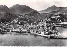 06 - MENTON : Vue Générale Sur La Ville - CPSM Dentelée Noir Et Blanc GF Postée 1957 - Alpes Maritimes - Menton