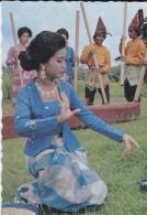 ASIE----INDONESIE---tari Padendang Dari Sidenreng-rappang,sulawesi Selatan---voir 2 Scans - Indonesia