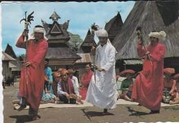 ASIE----INDONESIE--tari Tongkat Adat Karo,sumatera Utara---voir 2 Scans - Indonesia