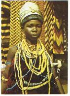 GIRL IN TRADITIONAL ATTIRE  KROBO   ***   A  SAISIR **** - Ghana - Gold Coast