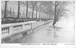 PARIS - INONDATIONS DE 1910 - Crue De La Seine : Quai Des Tuileries - CPA - Seine - Paris Flood, 1910