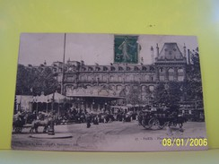 PARIS (3°ARRONDISSEMENT) LES FETES FORAINES. LES MANEGES. PLACE DE LA REPUBLIQUE LE 14 JUILLET. L'HOTEL MODERNE. - Paris (03)