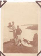 22- Photo Vancances Aout 1929 -entre Kerfany Les Pins Et Le Pouldu -finistere Bretagne Moellan-coin Abimé-