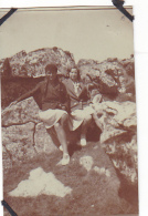 26- Photo Vancances Aout 1929 -entre Kerfany Les Pins Et Le Pouldu -finistere Bretagne Moellan-coin Abimé- Femme Plage