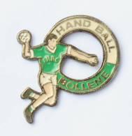 Pin´s HAND BALL BOLLENE (84) - Le Handballeur - F554 - Handball