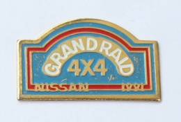 Pin´s  NISSAN - GRAND RAID 4X4 - 1991 - Ferrier - F584 - Rallye