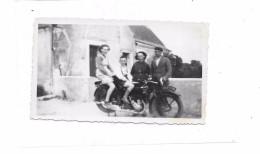 Photo De Famille  Sur MOTO, - Motos