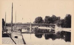 Carte 1930 SAINT MAUR DES FOSSES / LA MARNE AU PONT DE CRETEIL (péniches ,gabarres) - Saint Maur Des Fosses