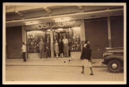 Fotografia De FACHADA De LOJA, Com Donos E Pessoal à Porta (Porto ?). Vintage Real Photo Postcard PORTUGAL - Porto