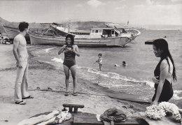 Asie - Philippines - Soldat Américain Et Jeunes Philippines - Bâteaux Boat People - Corail - Philippinen