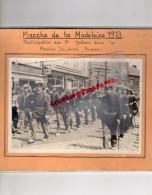 87 - SAINT JUNIEN- BELGIQUE JUMET - RARE PHOTO ORIGINALE MANIFESTATION MADELEINE 1973- MARINE IMPERIELE RUSSE -RUSSIE - Photographs