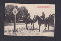 Frontiere Franco Allemande - Gendarmes Francais En Tournee D'inspection ( Poteau  Gendarme à Cheval Ed. Fiacre Nancy) - Francia