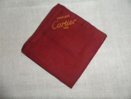 ANCIEN CADEAU PUBLICITAIRE / PETITE POCHETTE CARTIER - Materiale Di Profumeria