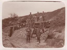 "Photo 14-18 TAHURE-""NEUSTADT"" (Sommepy-Tahure) - Une Section Sanitaire Allemande, Chien (A149, Ww1, Wk 1) - War 1914-18"