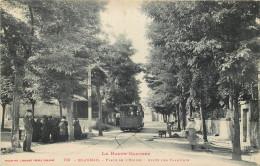 31 - HAUTE GARONNE - Blagnac - Place De L'Eglise - Arrêt Des Tramways - Chemin De Fer - France