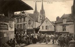 29 - QUIMPER - Marché - Pub St Raphael - Quimper