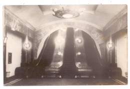 RU 101000 MOSKAU, Metro Station Paveletskaya, 1951, Photo L.Velikjanine & V. Savostianov - Russland