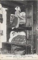 BRETAGNE - COUTUMES, MOEURS Et COSTUMES BRETONS -  Un Lit à Double étage  - ENCH0616 -- - Bretagne