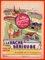 Protège-cahier D´écolier - LA VACHE SERIEUSE Crème De Gruyère (représentation Village Grosjeanville) ** Pub Publicité - Protège-cahiers