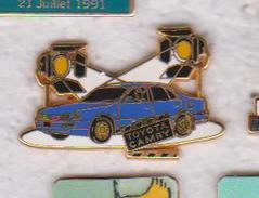 Pin's TOYOTA CAMBRY FABRICATION ARTHUS BERTRAND - Toyota