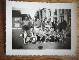 MAINVAULT ??? OU ENVIRON   ATH ?? : TRES BELLE PHOTO 7X10 D'UNE EQUIPE DE JOUEURS DE BALLE PELOTE  EN 1957 - Ath