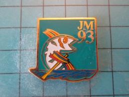 PIN916c Pin´s Pins /   SPORTS : JEUX MEDITERRANEENS 1993 LANGUEDOC ROUSSILLON AVIRON    INSCRIPTION AU DOS ,  Voir Photo - Canottaggio