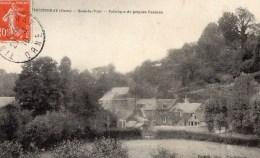 Tinchebray - Sous La Tour - Fabrique De Peignes Besnier  (226-2) - Otros Municipios