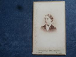 Photo CDV  Tourtin Bd Des Italiens  Paris  Portrait Femme - Circa 1885 - L263 - Old (before 1900)