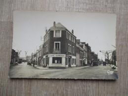 CPA PHOTO 44 SAINT NAZAIRE PENHOET RUE DES CHANTIERS RUE DE TRIGNAC CAFE TERMINUS - Saint Nazaire