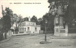 BRUNOY Carrefour Du Donjon - Brunoy