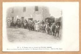 C.P.A  Précurseur - GILHOC - N° 5 - L´Appel Sur La Place De Gilhoc (Ardéche) - Enfants A La Montagne - France