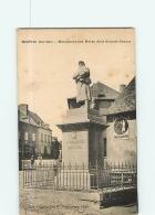 NEUVIC : Monument Aux Morts De La Grande Guerre. 2 Scans. Edition Pouget - France