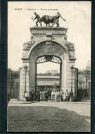 CPA - LILLE - L'Abattoir - La Porte Principale, Très Animé - Lille