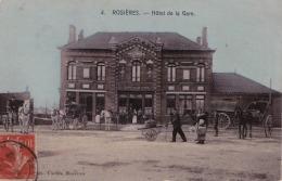 80) ROSIERES -  HOTEL DE LA GARE  - (TRES ANIMEE - ATTELAGES) - Rosieres En Santerre