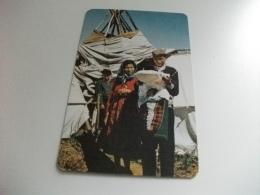COSTUME COSTUMI INDIAN FAMILY CANADIAN - Indiani Dell'America Del Nord