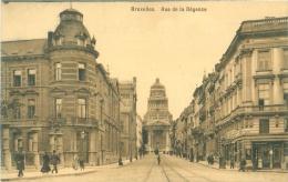 BRUXELLES - Rue De La Régence - Lanen, Boulevards